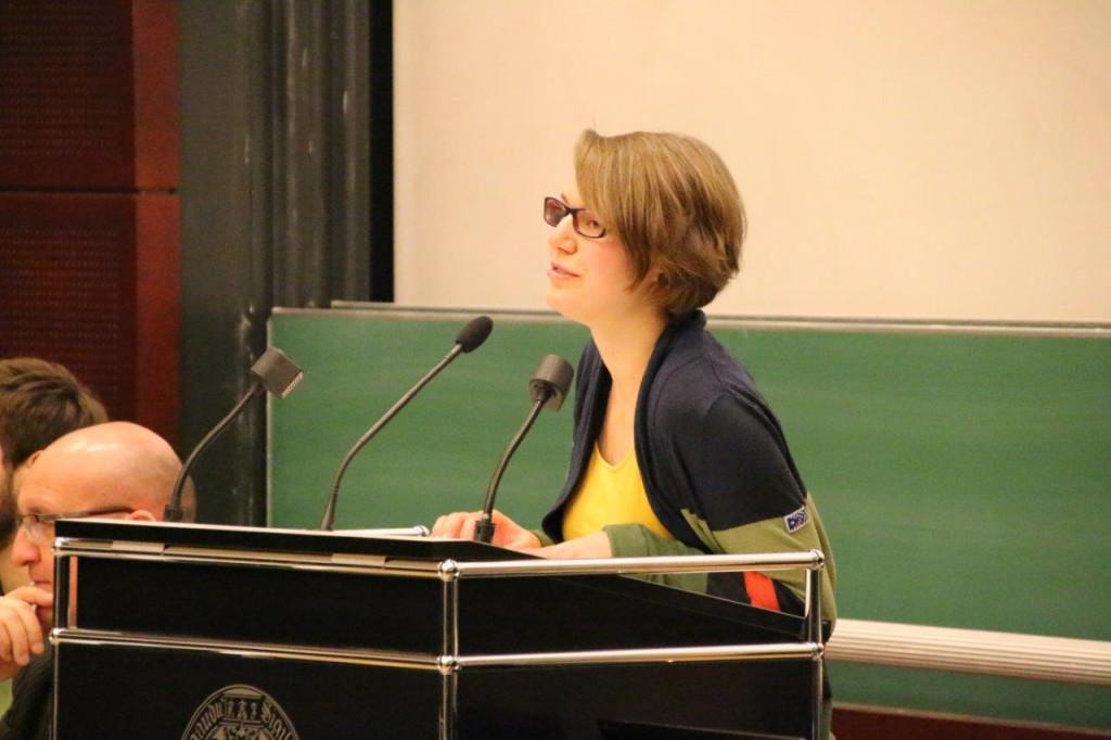 Begrüßung durch Isabel Röder